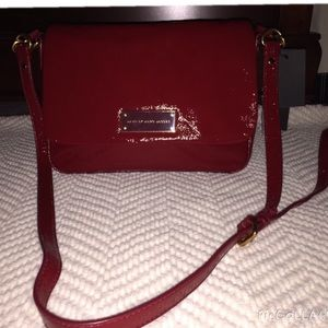  Marc by Marc Jacobs Red Patent Leather Bag! ❤️