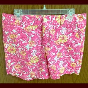 "NWOT- Lilly Pulitzer ""Grace"" shorts size 6"