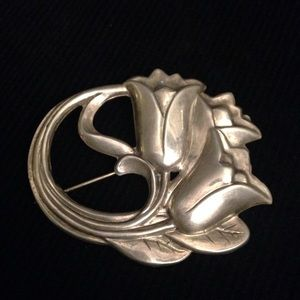Antique vintage Sterling silver floral brooch pin