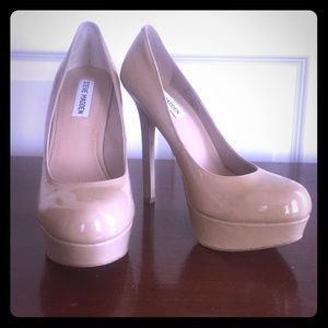 Nude Patent Leather Steve Madden Pumps