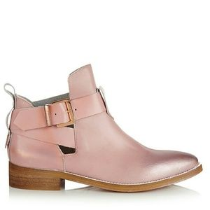 ⚠LOOKING FOR⚠ Miista Ona Pink Boot