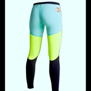 6ce29c9fe73387 Roxy Pants | Optic Nature Surf Legging | Poshmark