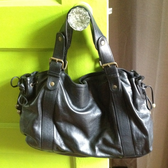 Gerard Darel Leather Le 24 Heures Bag Outlet Footlocker Finishline Excellent Cheap Price Cheap Largest Supplier Discount Best Sale Deals For Sale qXalEE79D8