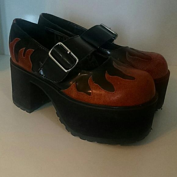 b0871e488fa TUK Nosebleed Maryjane Platform Flame Shoes. M 554b9e907e7ef64aaa000ae7