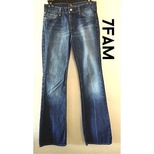 Adorable 7FAM blue wash jeans