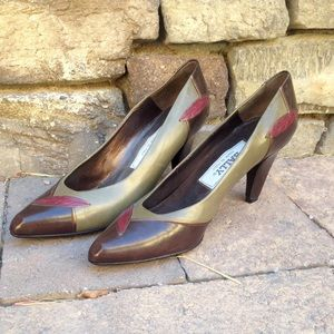 Bally Shoes - Italian leather vintage Bally pumps