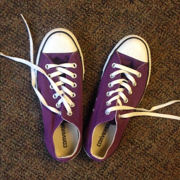 purple converse shoes for women size 7