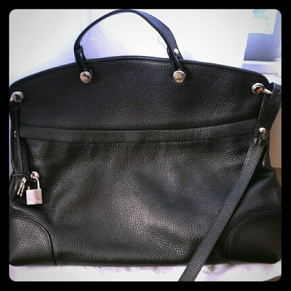 d8dfd08df1 Furla Bags | Piper Tote In Black Leather | Poshmark