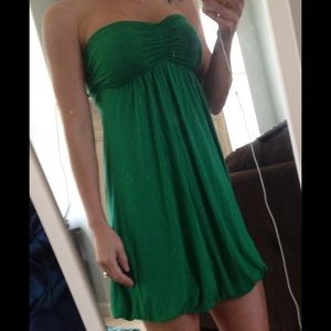 Kelly green strapless dress