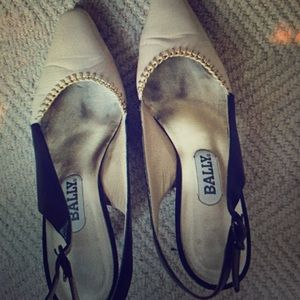 Vintage Bally slingback leather shoes