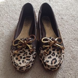 Leopard sperry top siders size 5.5