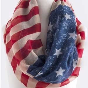 Accessories - 🎉SOLD 🎉 Patriotic Infinity Scarf