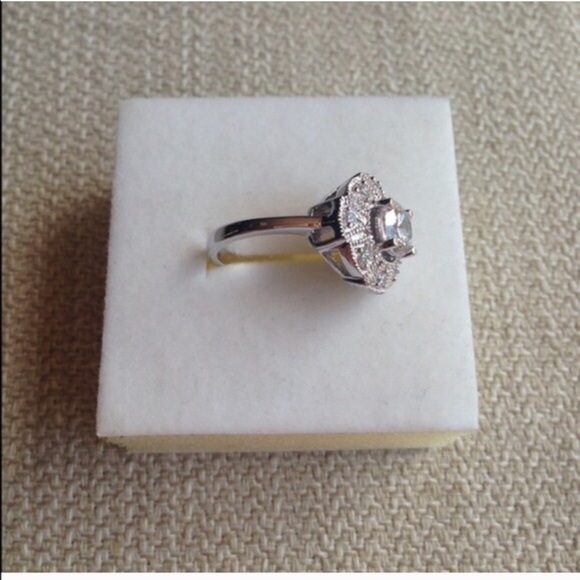 100 Off Jewelry 0 75ct Queen Mary Engagement Ring From