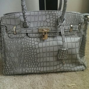 JustFab Handbags - Gray croc styled birkin inspired bag