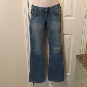   SALE  Awesome True Religion Jeans