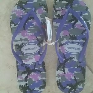 NWT authentic Havaianas Slim