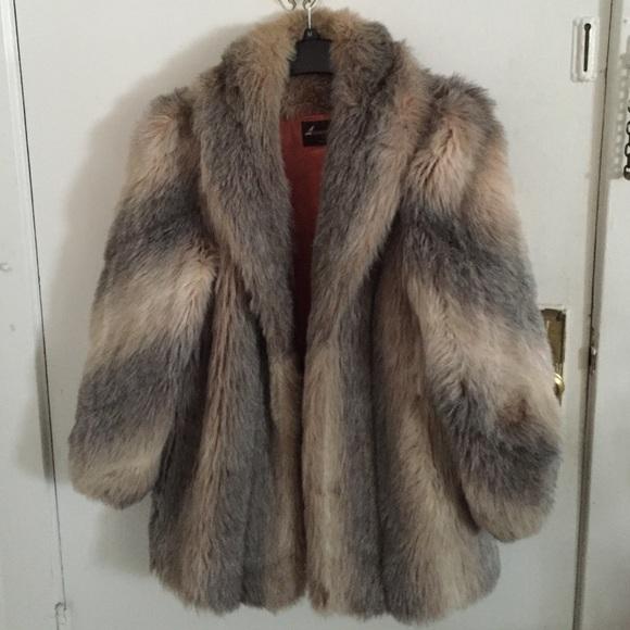 64ce3226648 Vintage Jackets & Coats   1980s American Signature Faux Fur Coat ...