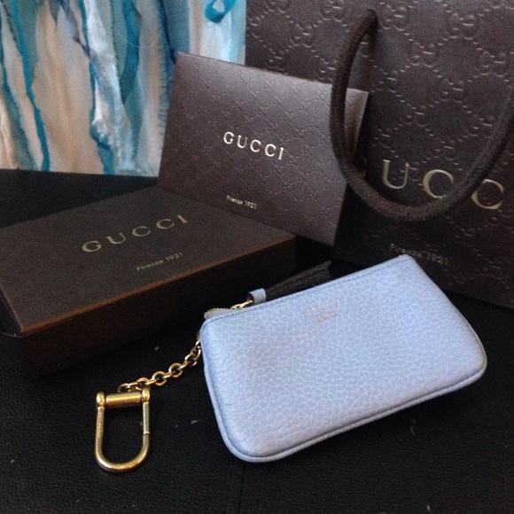 0ef8c8270e1c Gucci Clutches & Wallets - AUTHENTIC GUCCI Leather Key Case Pouch