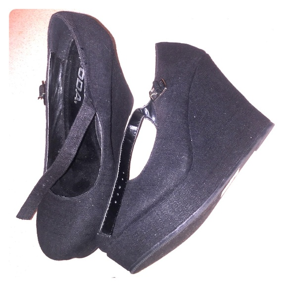 20 soda shoes black wedges from jazmin s closet