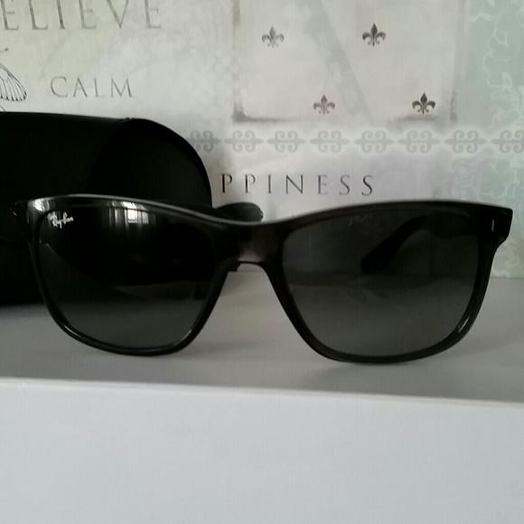 sale on ray ban sunglasses mot8  SALE!! NEW Ray-Ban sunglasses model rb4181