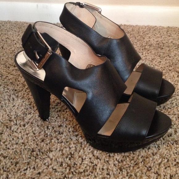 782ed9b50b47 Michael Kors Carla Platform sandal heel Size 9. M 554d39955a49d01f580045dd