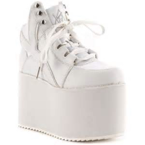 79b4fc2f0ff YRU Qozmo White Platform Tennis Shoes
