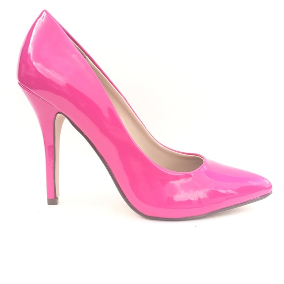 29 shoes pink pointy heels from lunna s closet on