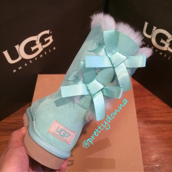 abf7083e881 Ugg Bailey Bow Tiffany Blue New 5 NWT