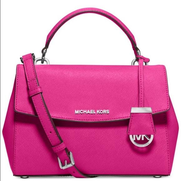 8 off michael kors handbags new bag alert ava michael. Black Bedroom Furniture Sets. Home Design Ideas