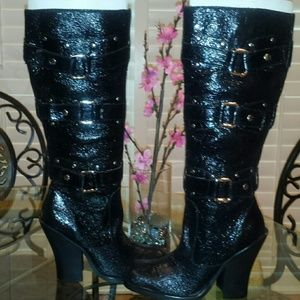 Colin Stuart Crackled Leather Boots
