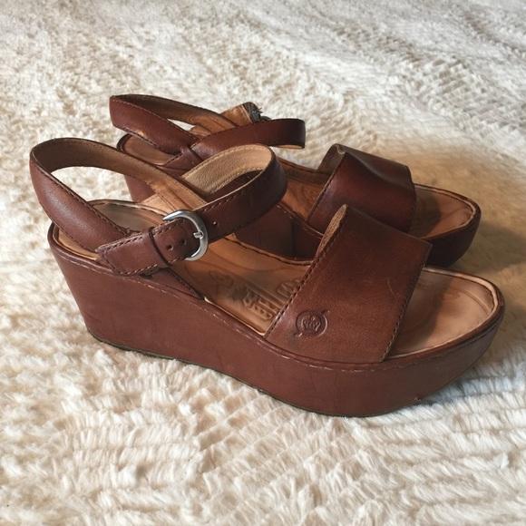 Born Shoes - Born Maldives Leather Platform Sandals