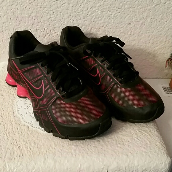 online store eb0cc 0e278 Nike Shox Turbo XII Running blackred shoes. M554eba69c7dcbf27da007739