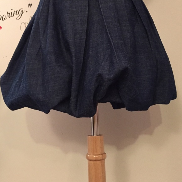 Romeo & Juliet Couture Dresses - Denim strapless bubble mini dress 😍 Sz M