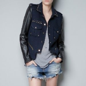 Zara boucle jacket with leather sleeves S