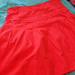 H&M Dresses & Skirts - H&M Tomato Red Skirt