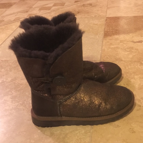 real uggs for 100$