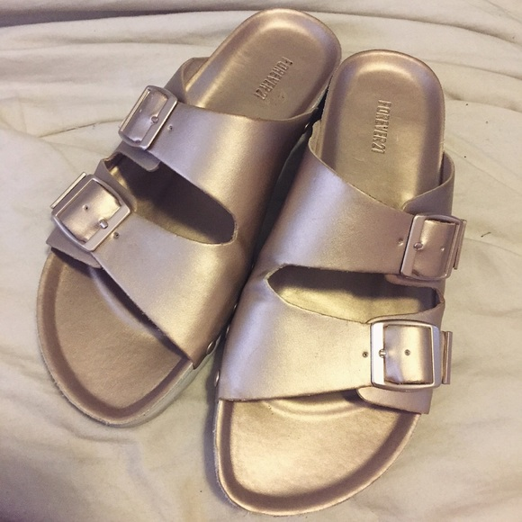 031457bf6479 Forever 21 Shoes - Rosegold