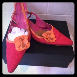 amalfi Shoes - Colorful poppy/orange along back kitten heels