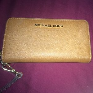 Tan Michael Kors Wallet