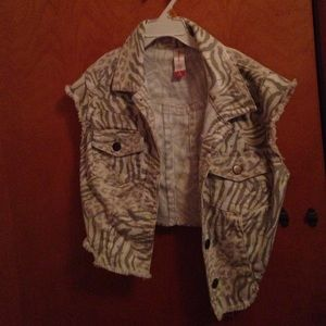 Zebra print half jacket