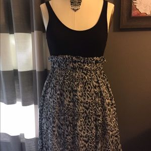 Mink Pink XS dress NWT! Black top/print bottom!