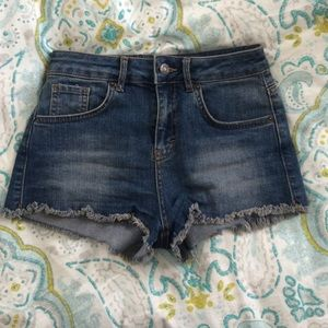 Brandy Melville Denim - High waisted shorts 😎