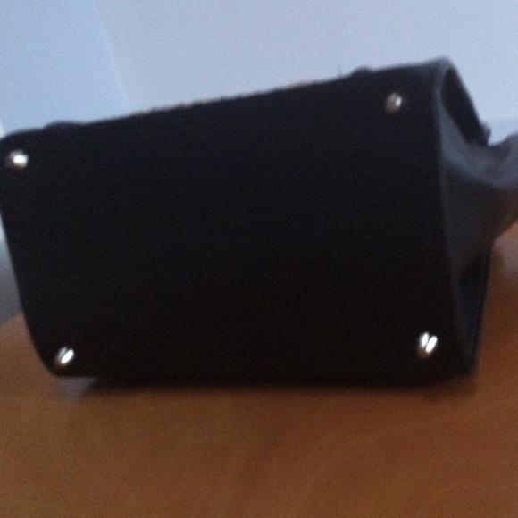 Bags - Leopard and black handbag