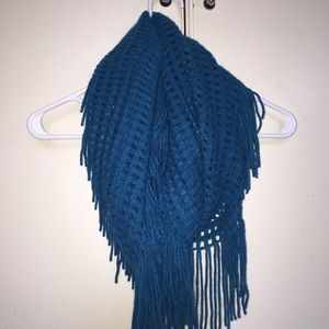 GUESS Blue fringe infinity scarf