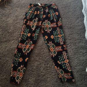 Hug Pants - Pattern pants