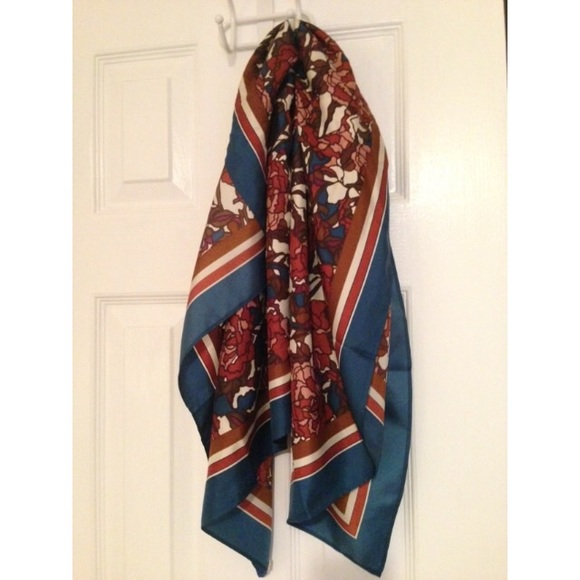74 fossil accessories fossil silk scarf from