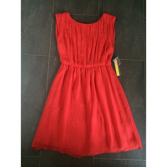 Alice + Olivia Red Silk Dress (NWT)