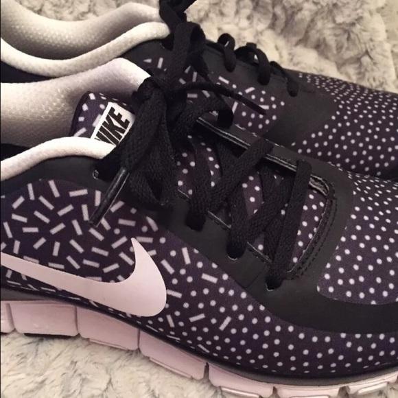 Nike Free 5.0 V4 Blanco Y Negro Pantalones A Cuadros De La Mujer MmRTyzqrN