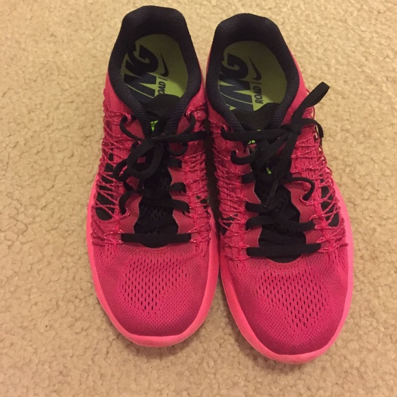 Nike womens fly wire lunar racer 3