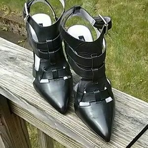 Shoemint gladiator pumps, 6.5